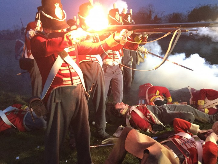 26._waterloo_soldiers_firing_guns